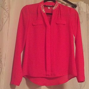 Pink blouse with pearl neckline! Super cute!